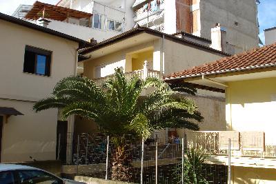 Недвижимость на Салоники . Таунхаус площадью 207 кв.м.