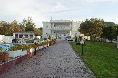 Недвижимость на Халкидики Кассандра. Вилла площадью 600 кв.м.
