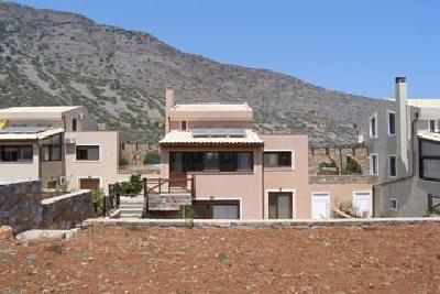 Недвижимость на о.Крит . Таунхаус площадью 150 кв.м.