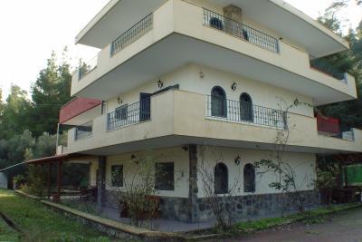 Недвижимость на Халкидики Кассандра. Отель площадью 250 кв.м.