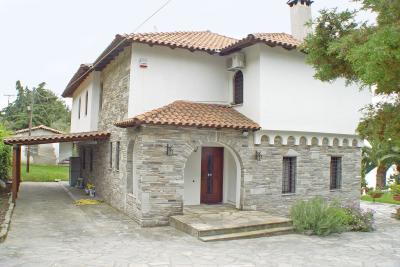 Недвижимость на Халкидики Кассандра. Вилла площадью 200 кв.м.