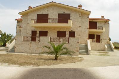 Недвижимость на Халкидики Кассандра. Таунхаус площадью 440 кв.м.