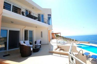 Недвижимость на о.Крит . Вилла площадью 98 кв.м.