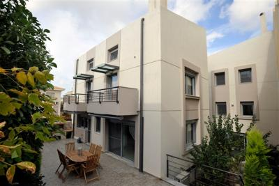 Недвижимость на Аттика . Вилла площадью 750 кв.м.