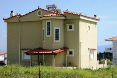 Недвижимость на о.Эвия . Вилла площадью 140 кв.м.