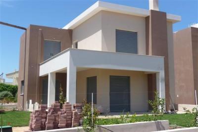 Недвижимость на о.Эвия . Вилла площадью 115 кв.м.