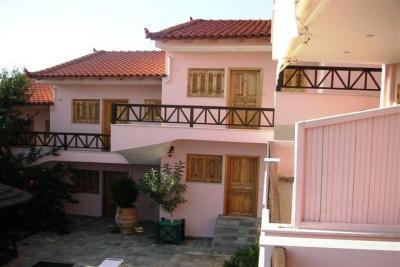 Недвижимость на Пелопоннес . Отель площадью 1000 кв.м.