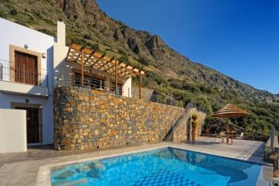 Недвижимость на о.Крит . Вилла площадью 140 кв.м.