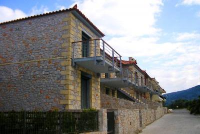 Недвижимость на Пелопоннес . Апартаменты площадью 100 кв.м.
