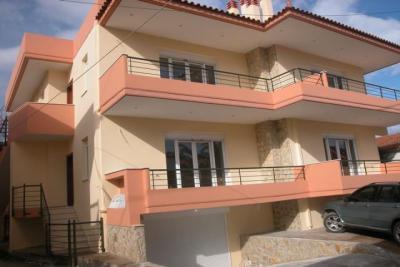 Недвижимость на Пелопоннес Коринф. Апартаменты площадью 90 кв.м.