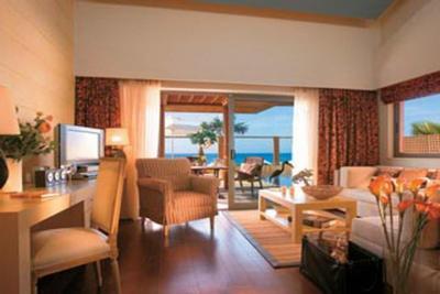Недвижимость на о.Крит . Отель площадью 8500 кв.м.