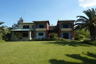 Недвижимость на Халкидики Кассандра. Вилла площадью 480 кв.м.