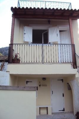 Недвижимость на о.Корфу . Коттедж площадью 90 кв.м.