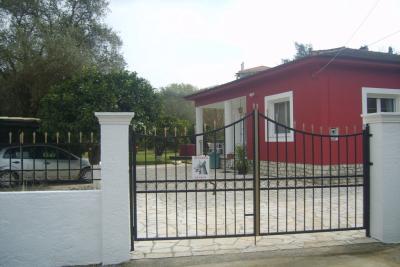 Недвижимость на о.Корфу . Коттедж площадью 93 кв.м.