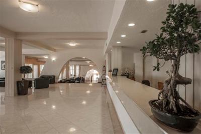 Недвижимость на Аттика . Отель площадью 0 кв.м.