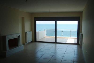 Недвижимость на Аттика . Квартира площадью 55 кв.м.
