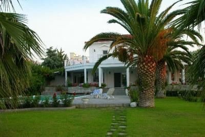 Недвижимость на Халкидики Кассандра. Вилла площадью 350 кв.м.