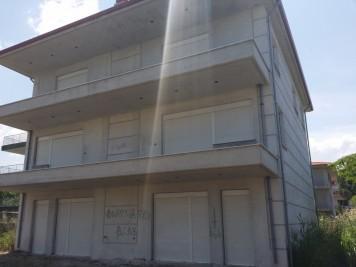 Недвижимость на Пригороды г.Салоники . Таунхаус площадью 185 кв.м.