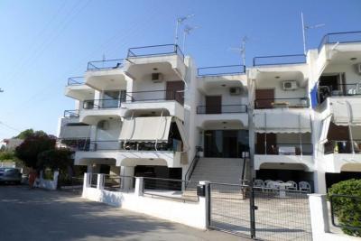 Недвижимость на Пелопоннес Лутраки. Квартира площадью 45 кв.м.