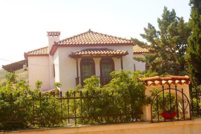Недвижимость на Аттика . Вилла площадью 312 кв.м.