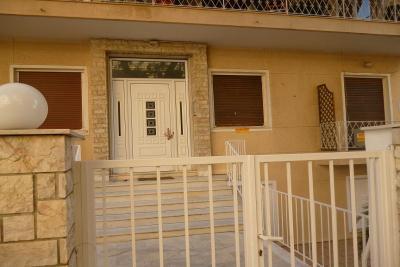 Недвижимость на Аттика . Квартира площадью 37 кв.м.