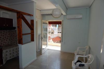 Недвижимость на Катерини . Квартира площадью 40 кв.м.