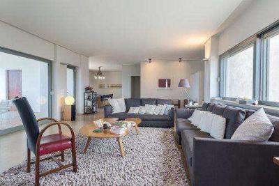 Недвижимость на Аттика . Вилла площадью 350 кв.м.