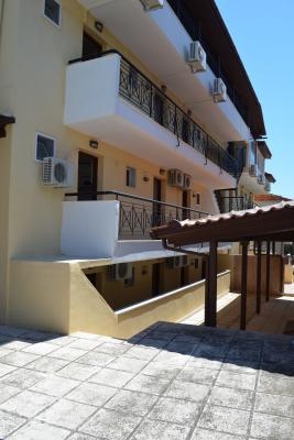 Недвижимость на Халкидики Кассандра. Отель площадью 644 кв.м.