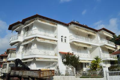 Недвижимость на Халкидики Кассандра. Отель площадью 350 кв.м.