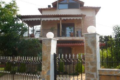 Недвижимость на Халкидики Кассандра. Вилла площадью 220 кв.м.