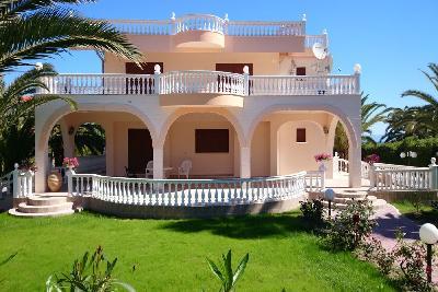 Недвижимость на Халкидики Кассандра. Вилла площадью 750 кв.м.